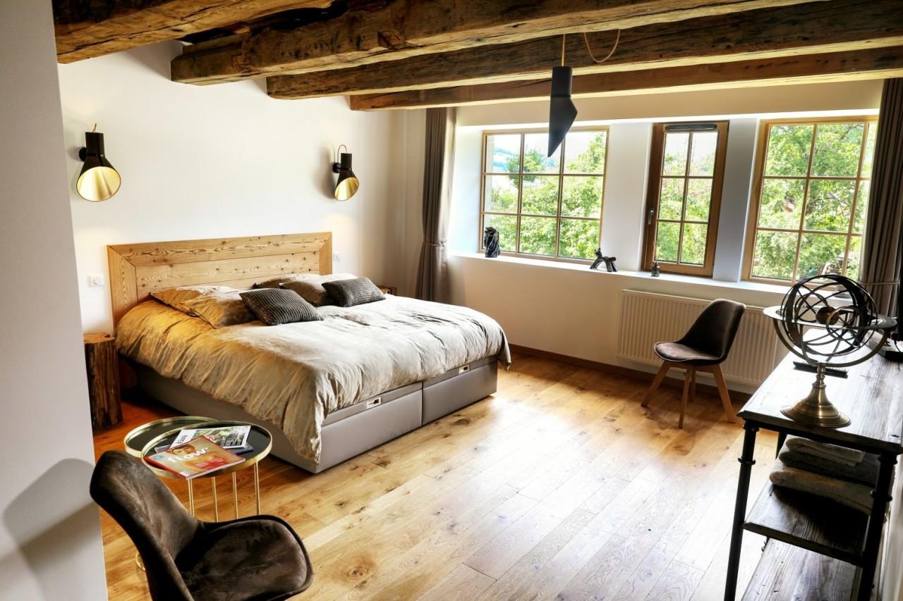 La scierie chambres d h tes spa b b salins jura - Chambre d hote couleur bois et spa ...